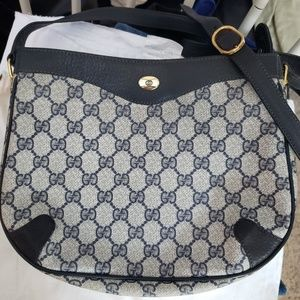 Vintage AWESOME Navy Gucci Crossbody bag